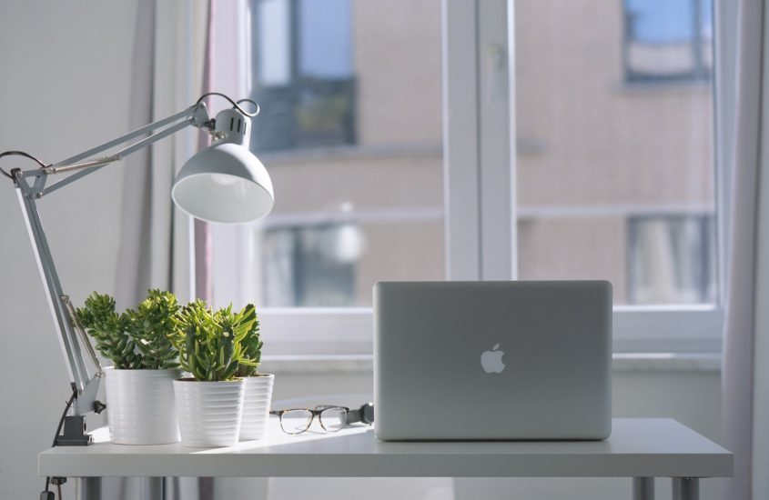 10 more Tips for Setting Up a Productive Bedroom Office in your home